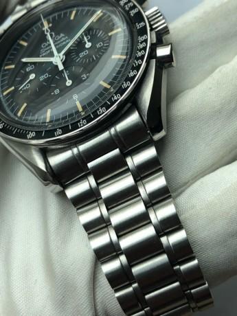 omega-speedmaster-professional-moonwatch-chronograph-big-0